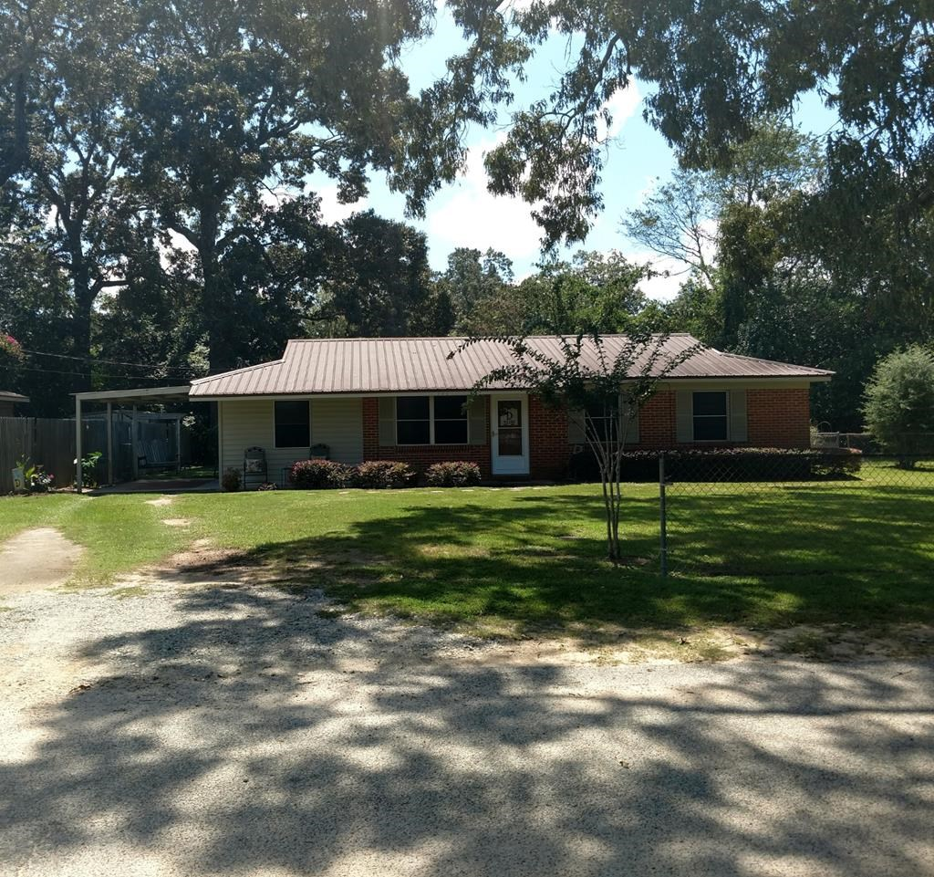 Brick Home For Sale Near Dothan, Al