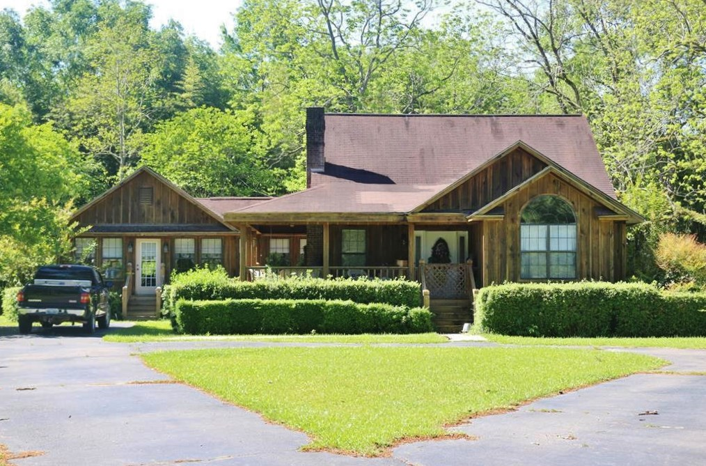 3 Bed, 2 Bath Home for Sale Riverfront Seminary, MS