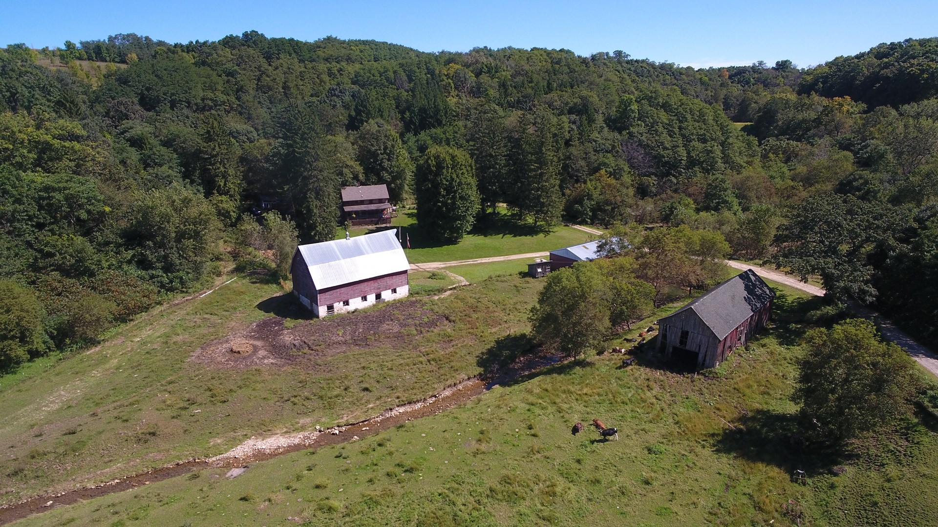 Log Home for Sale in Vernon County Wisconsin