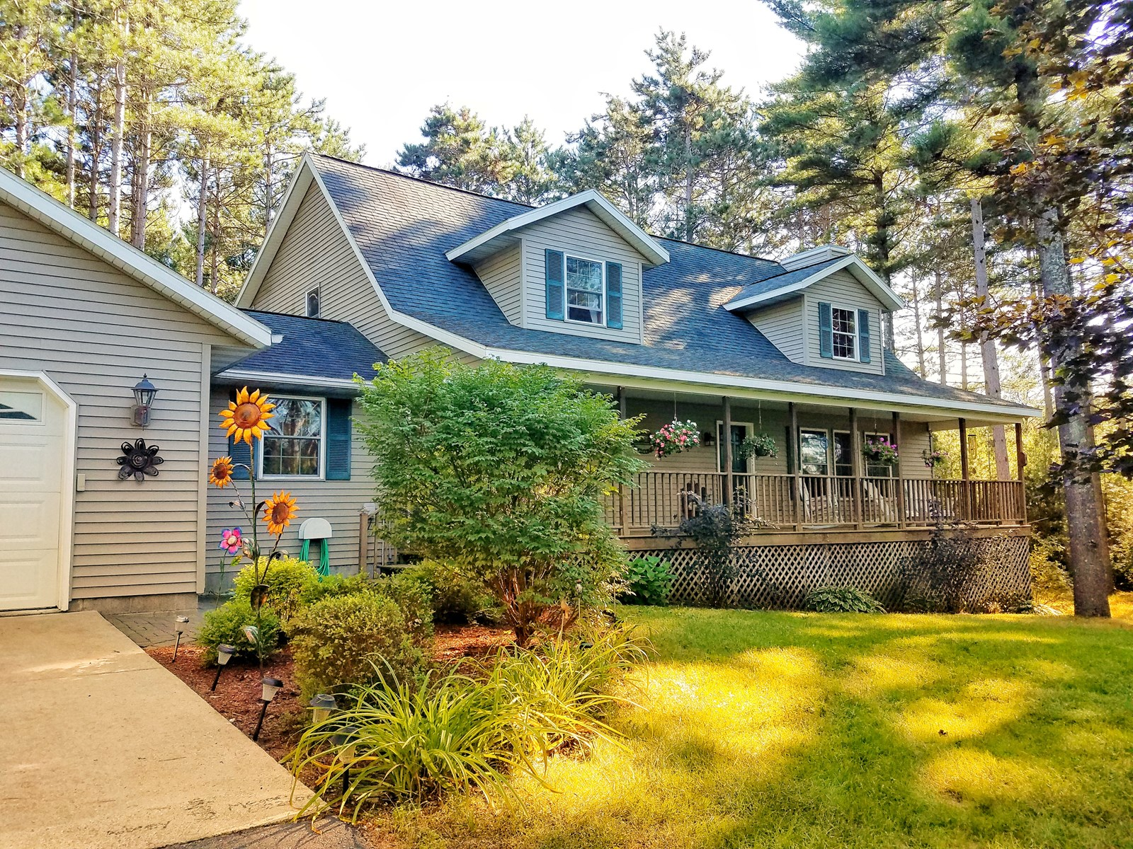 Country Home for Sale in Waupaca WI