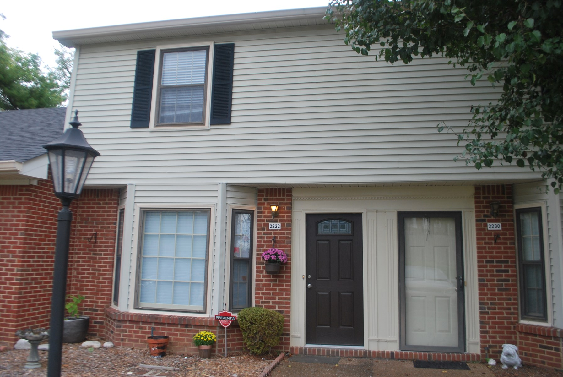 Townhouse Maury County Columbia, Tennessee For Sale