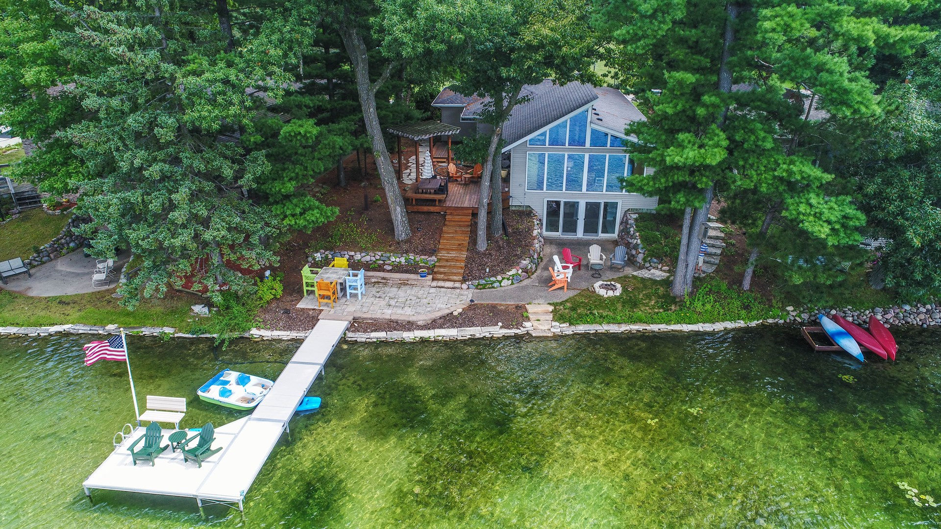 Chain O' Lakes Home For Sale on Miner Lake, Waupaca, WI