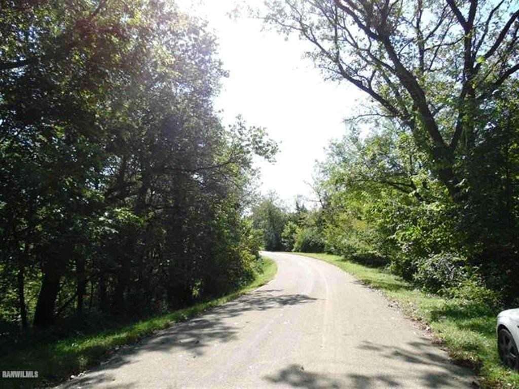 9.60 Wooded Acres