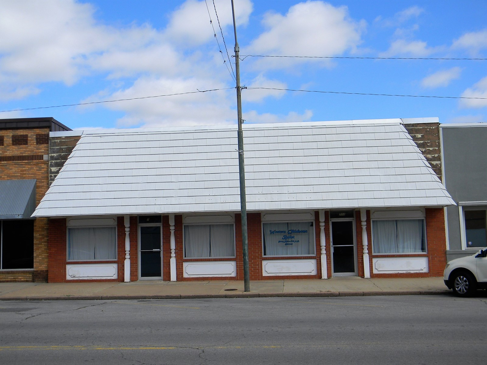Commercial Building for Sale, Clinton, OK 73601