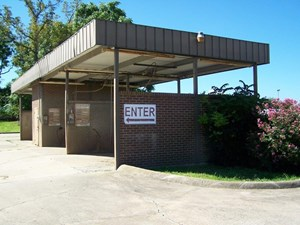 COMMERCIAL PROPERTY/CAR WASH/APARTMENT FOR SALE MARSHALLAR