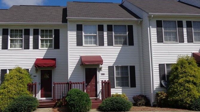 3 Level Townhouse For Sale In Bristol Va