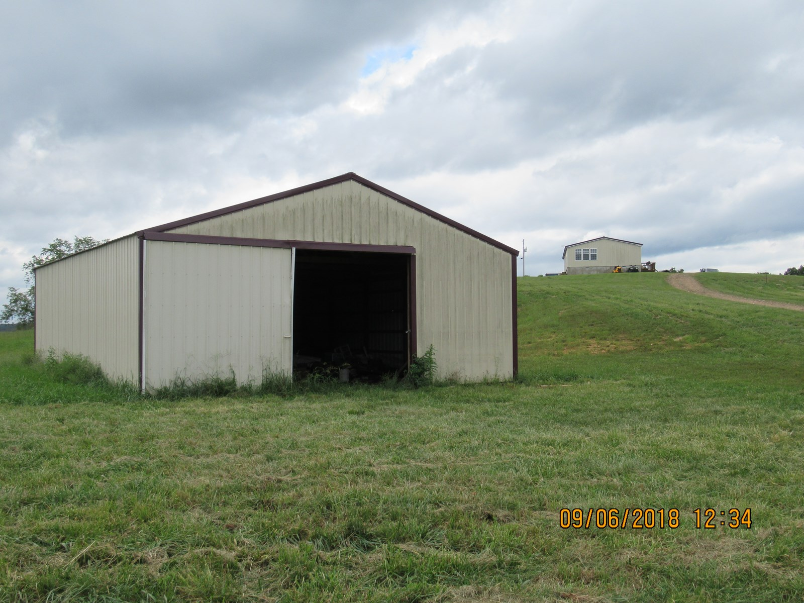 House and land for sale in Thornfield Mo