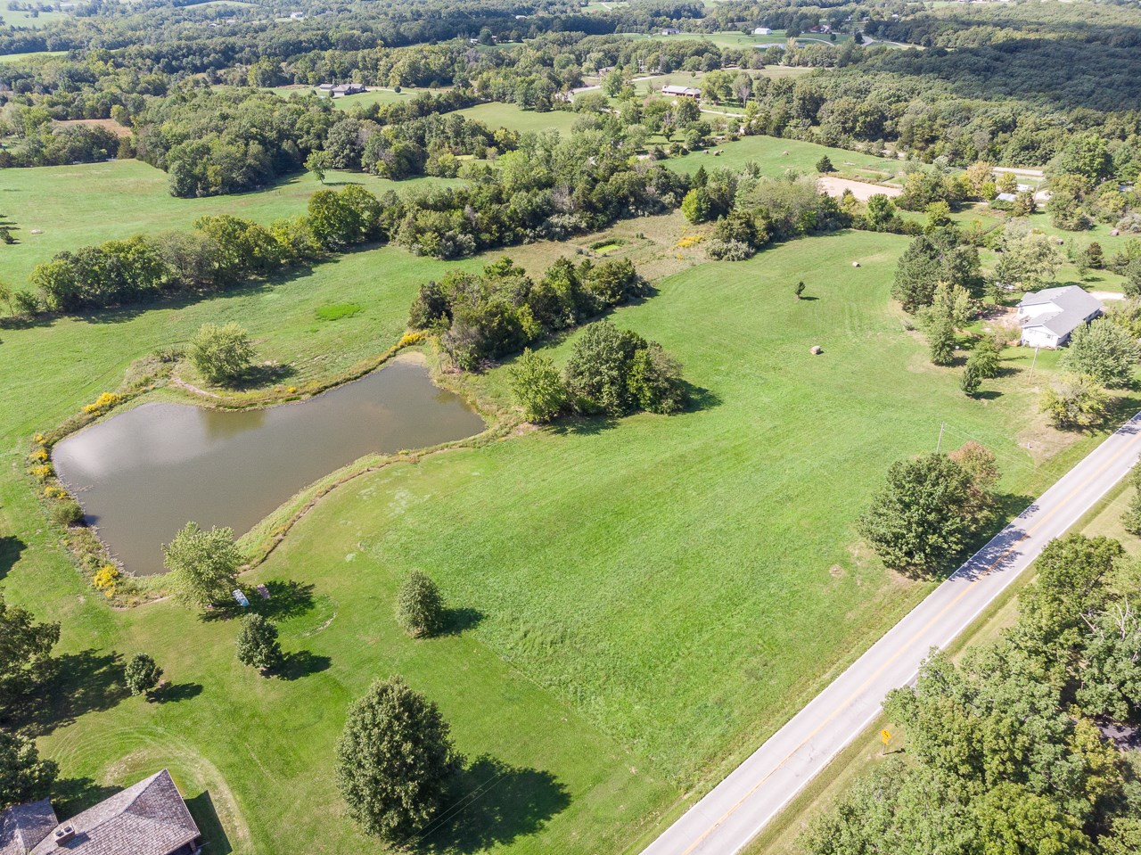 Lakefront 5.4 AC M/L Boone County Harrisburg, MO