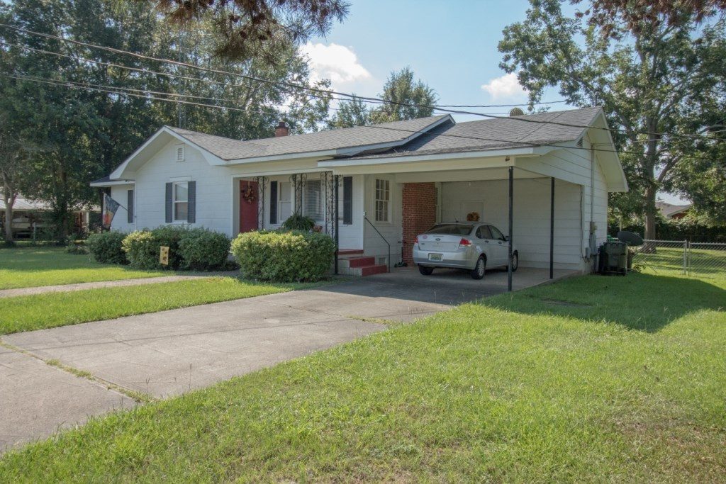 4B/2B HOME FOR SALE ON FULTON STREET, HARTFORD, ALABAMA