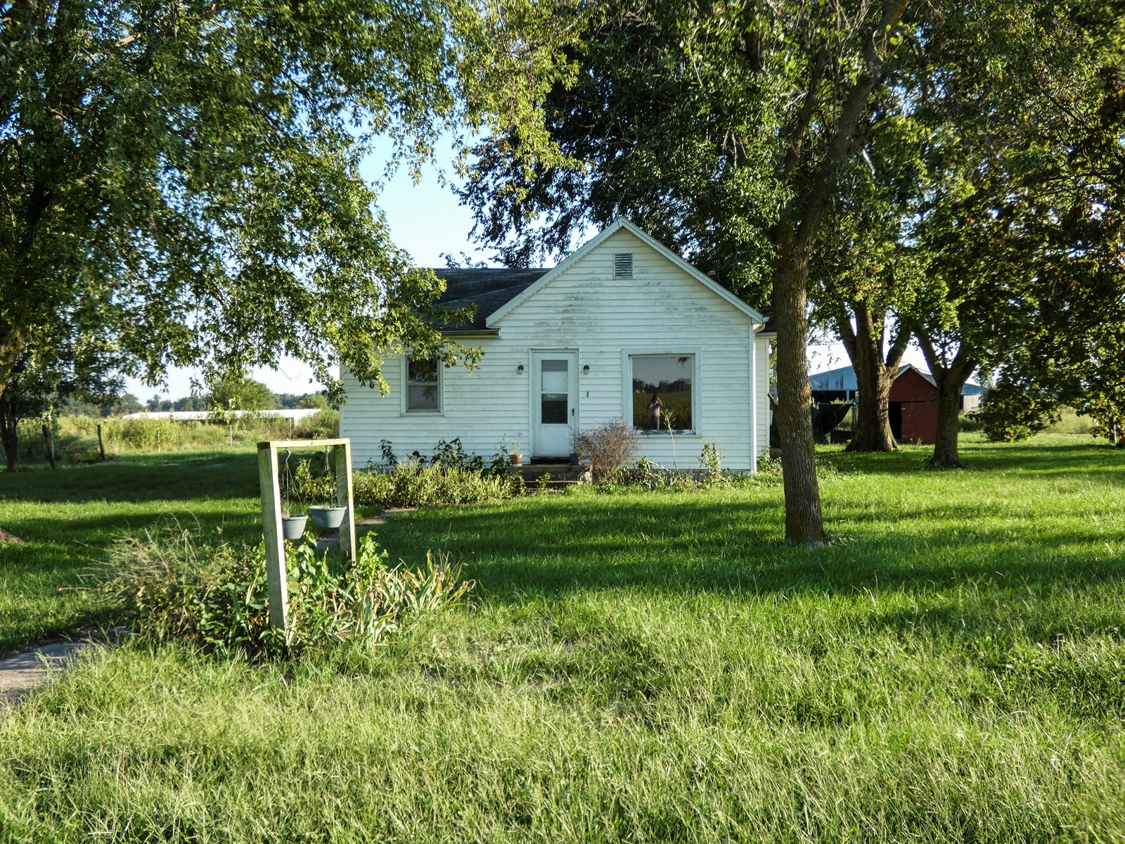 Hog Farm / Country Home & Acreage For Sale Audrain County MO