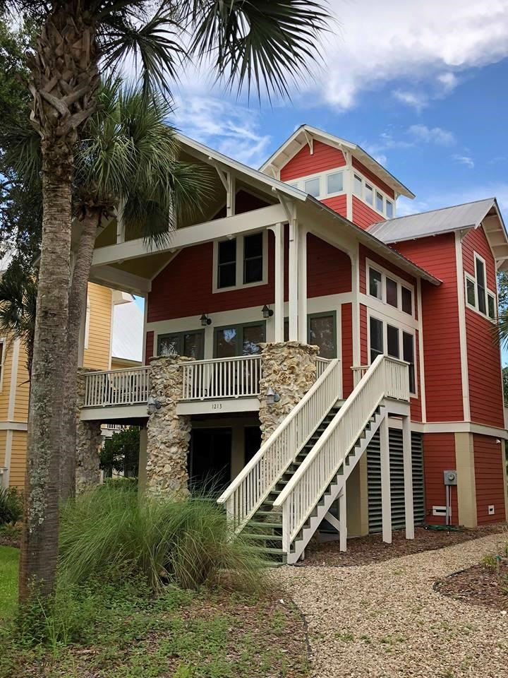 COASTAL PROPERTY - TWO STORY HOME IN STEINHATCHEE FLORIDA