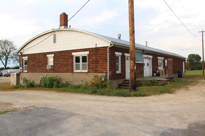 4000 SQUARE FOOT COMMERCIAL BUILDING for sale in WI