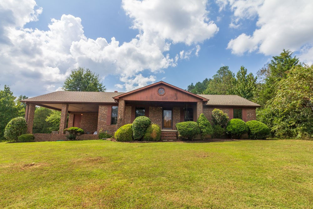 Classic Brick Ranch Style Home on 15 Acres; Rural West TN