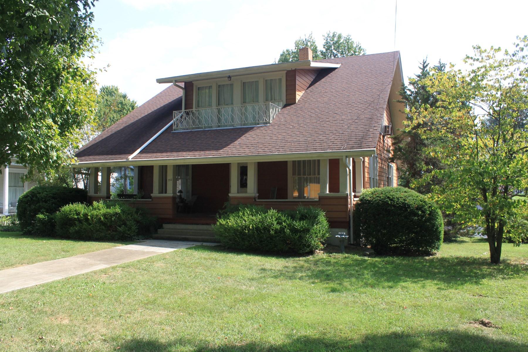 Beautiful 1.5 Story Main Street House near Downtown For Sale