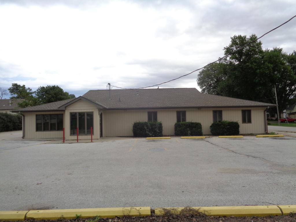 Commercial building For Sale Harrison Co Ia Logan high traff
