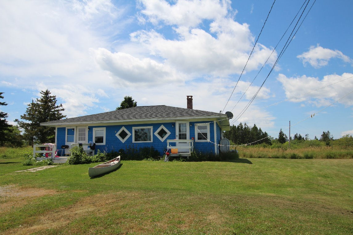 Coastal Country Home For Sale | Lubec, Maine