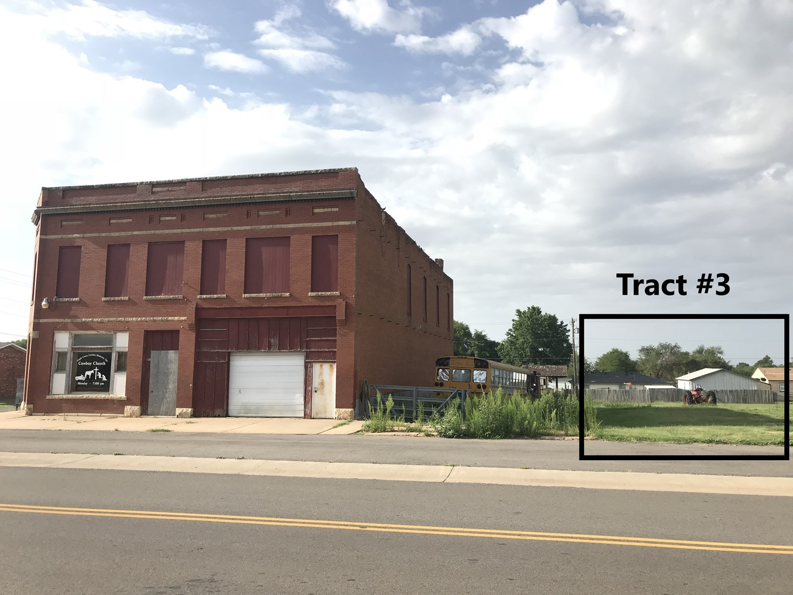 Commercial Building & Lot for Sale, Arapaho, OK 73620