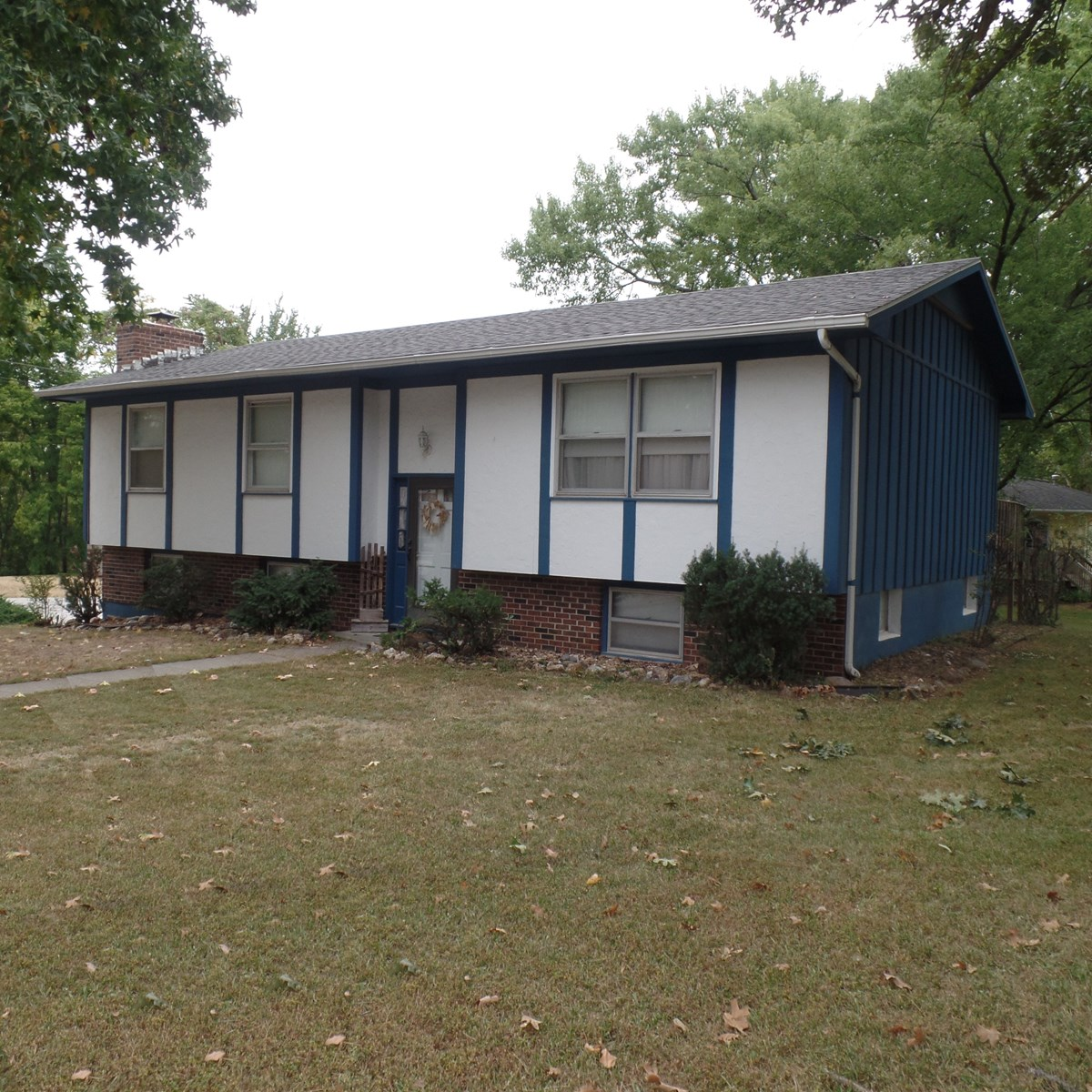 Affordable 4 Bedroom Home With Convenient Location