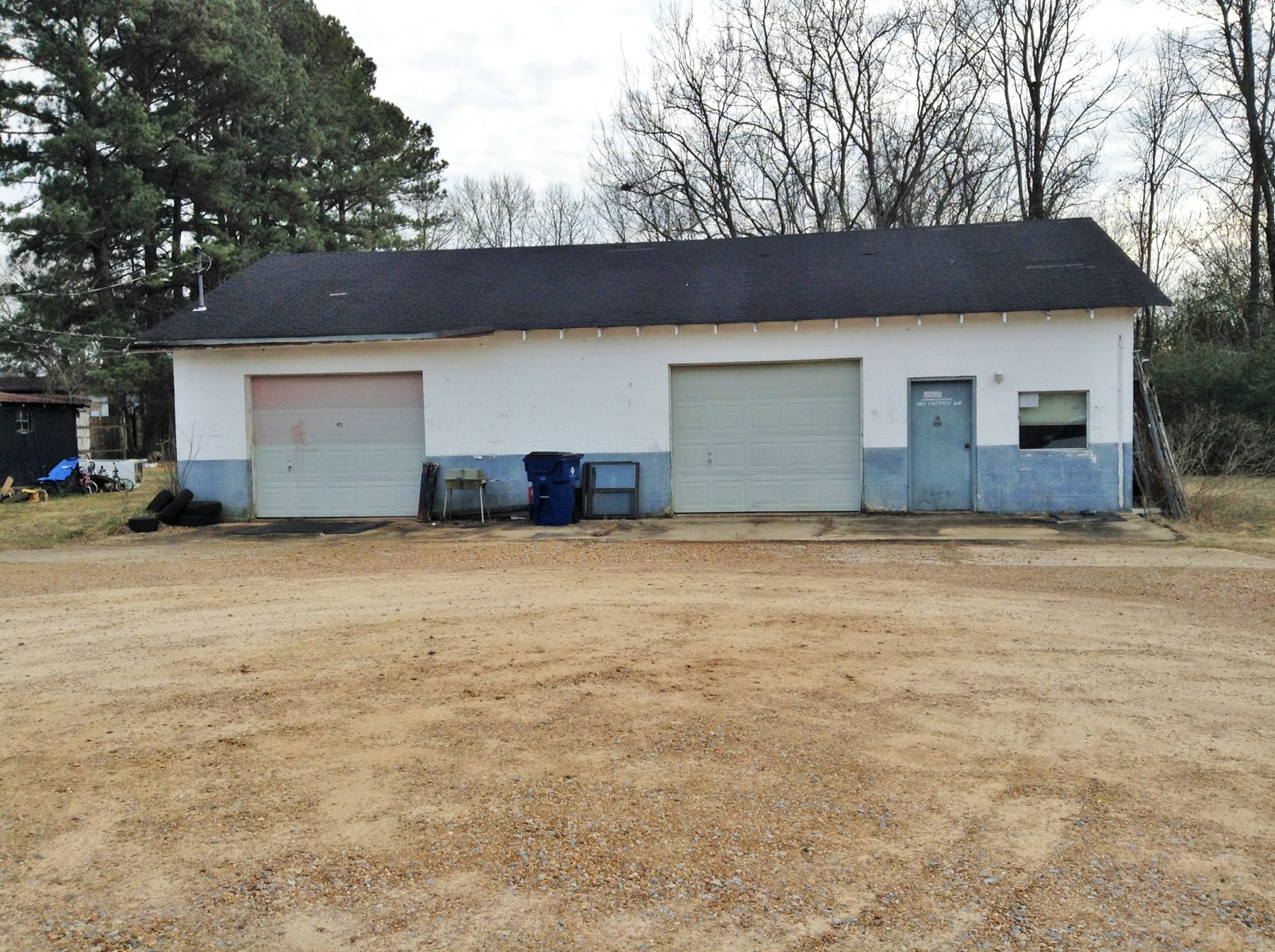 AUTO SHOP GARAGE FOR SALE IN HARDIN COUNTY, TN