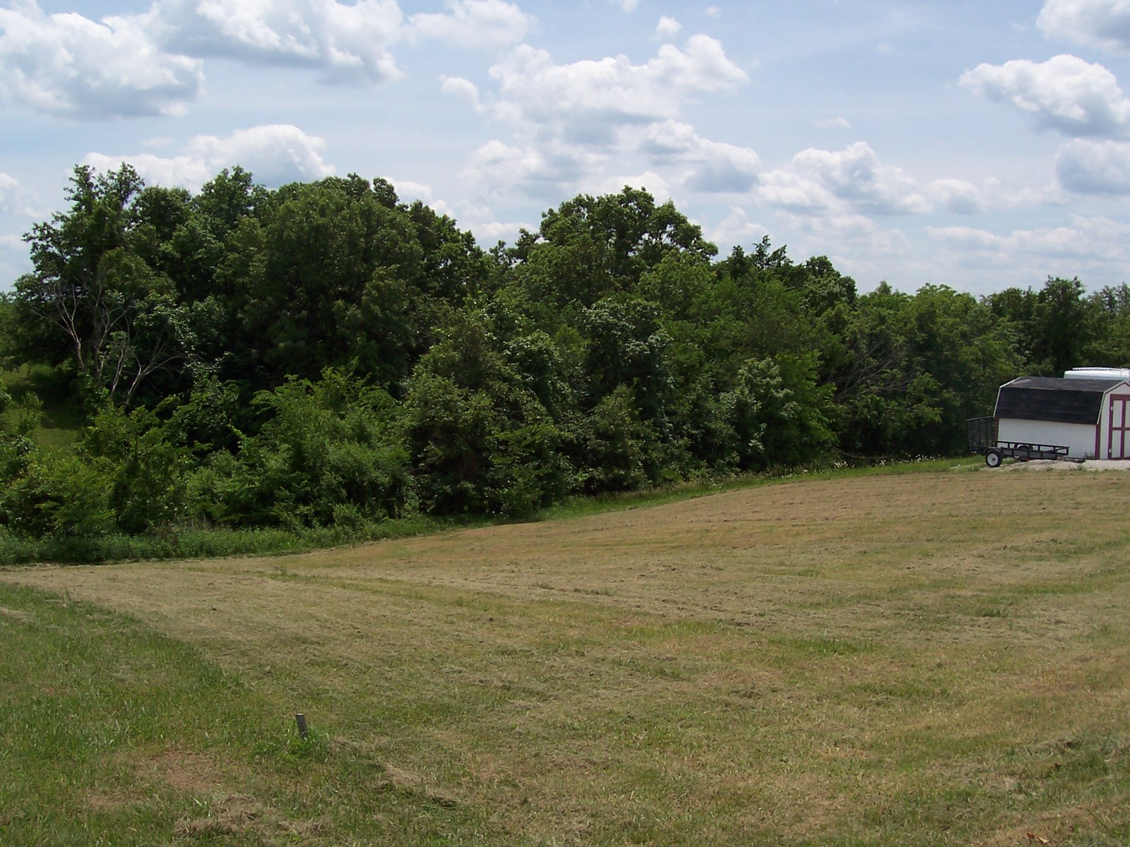 Bare lot for sale at Lake Thunderhead in North Missouri