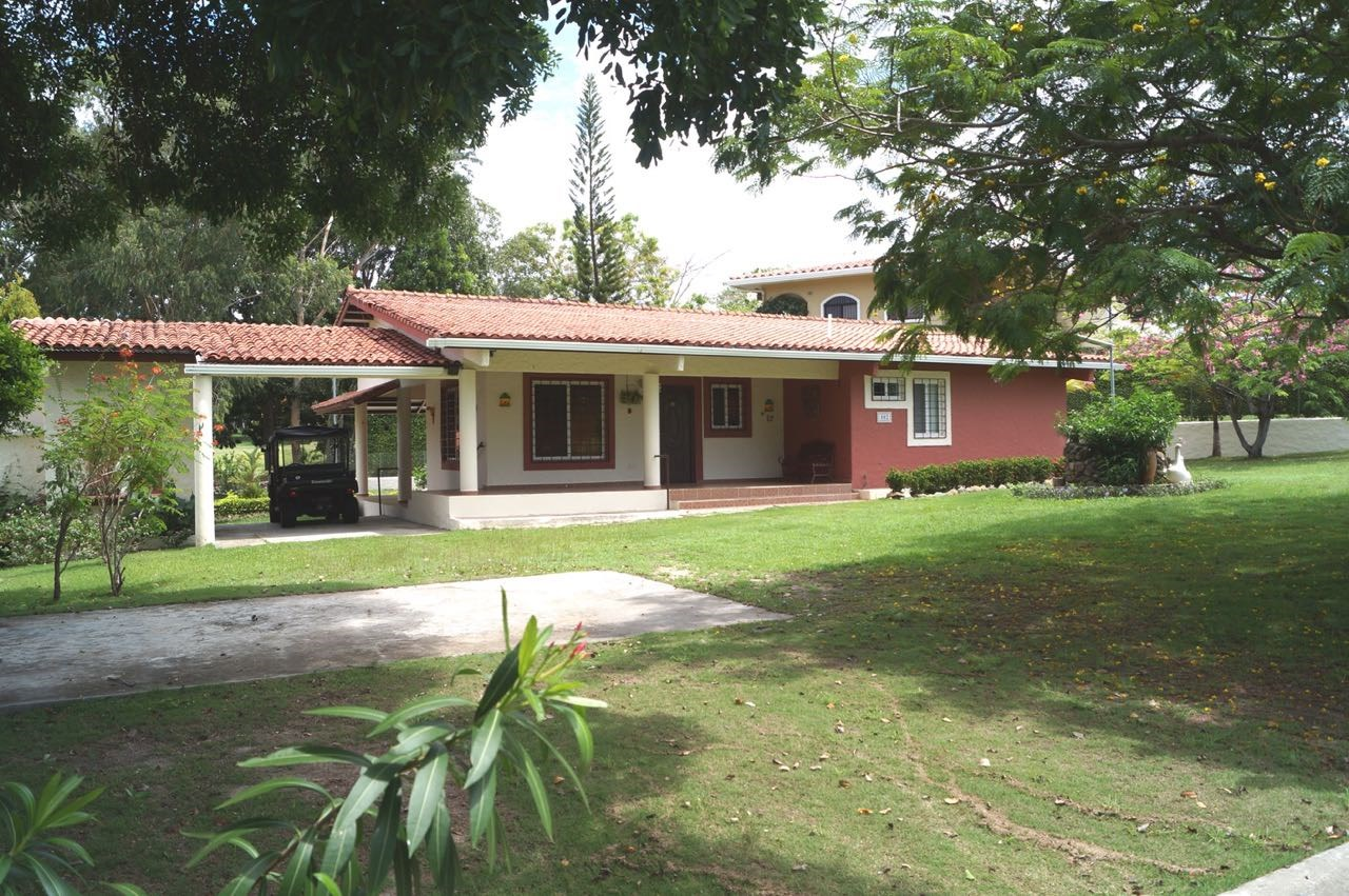 CORONADO GOLF HOUSE FOR SALE PANAMA
