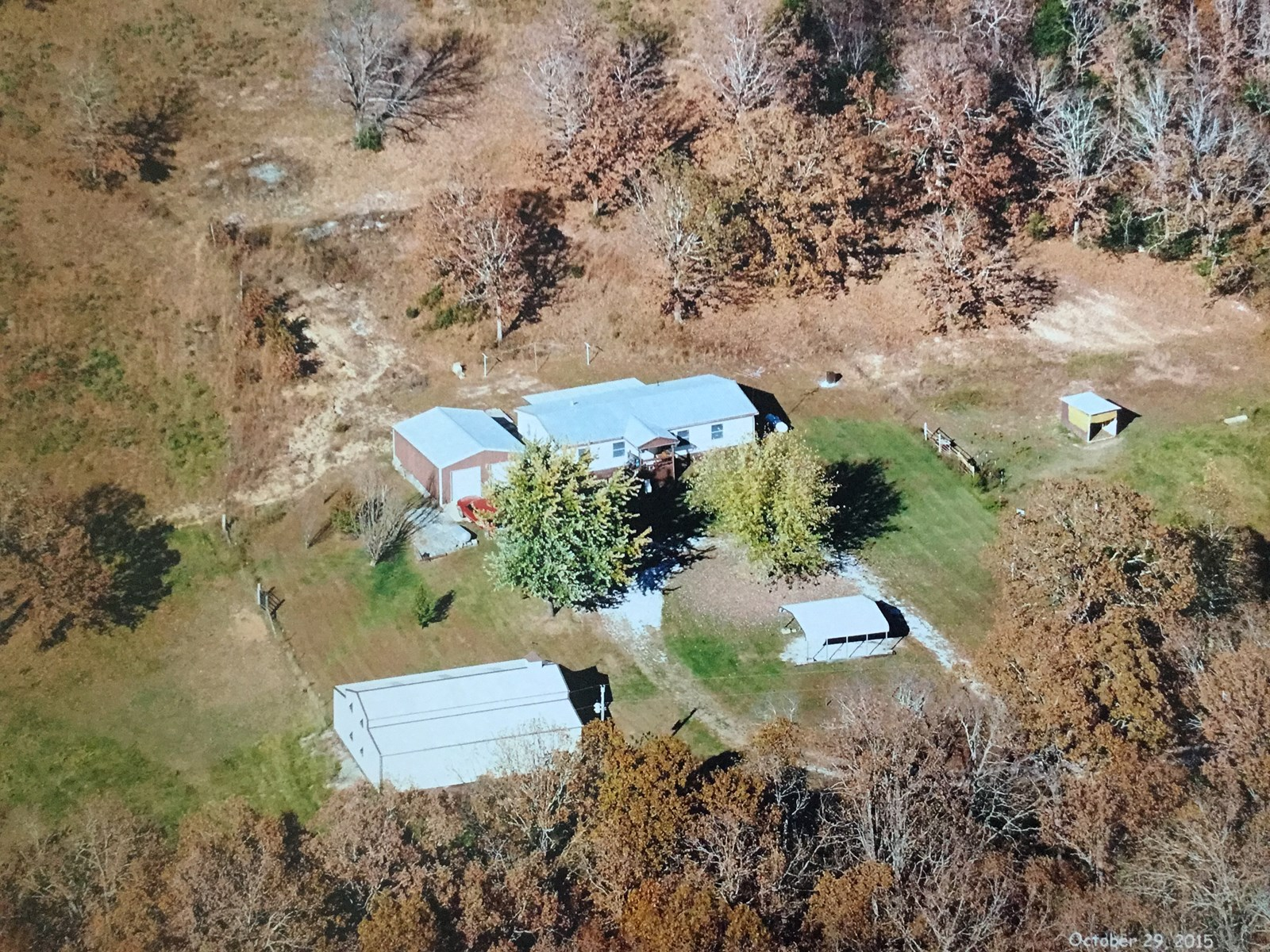Home with Acreage in South Central Missouri