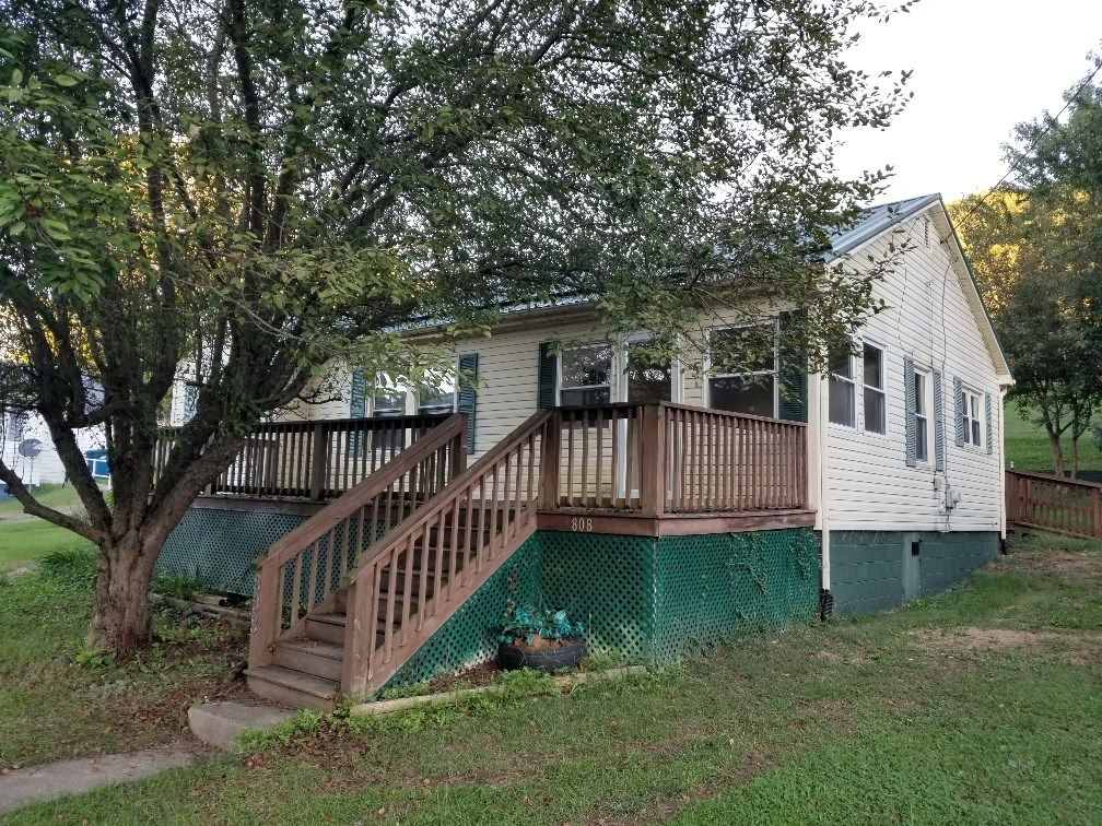 REDUCED!  Home in Town, Saltville, VA
