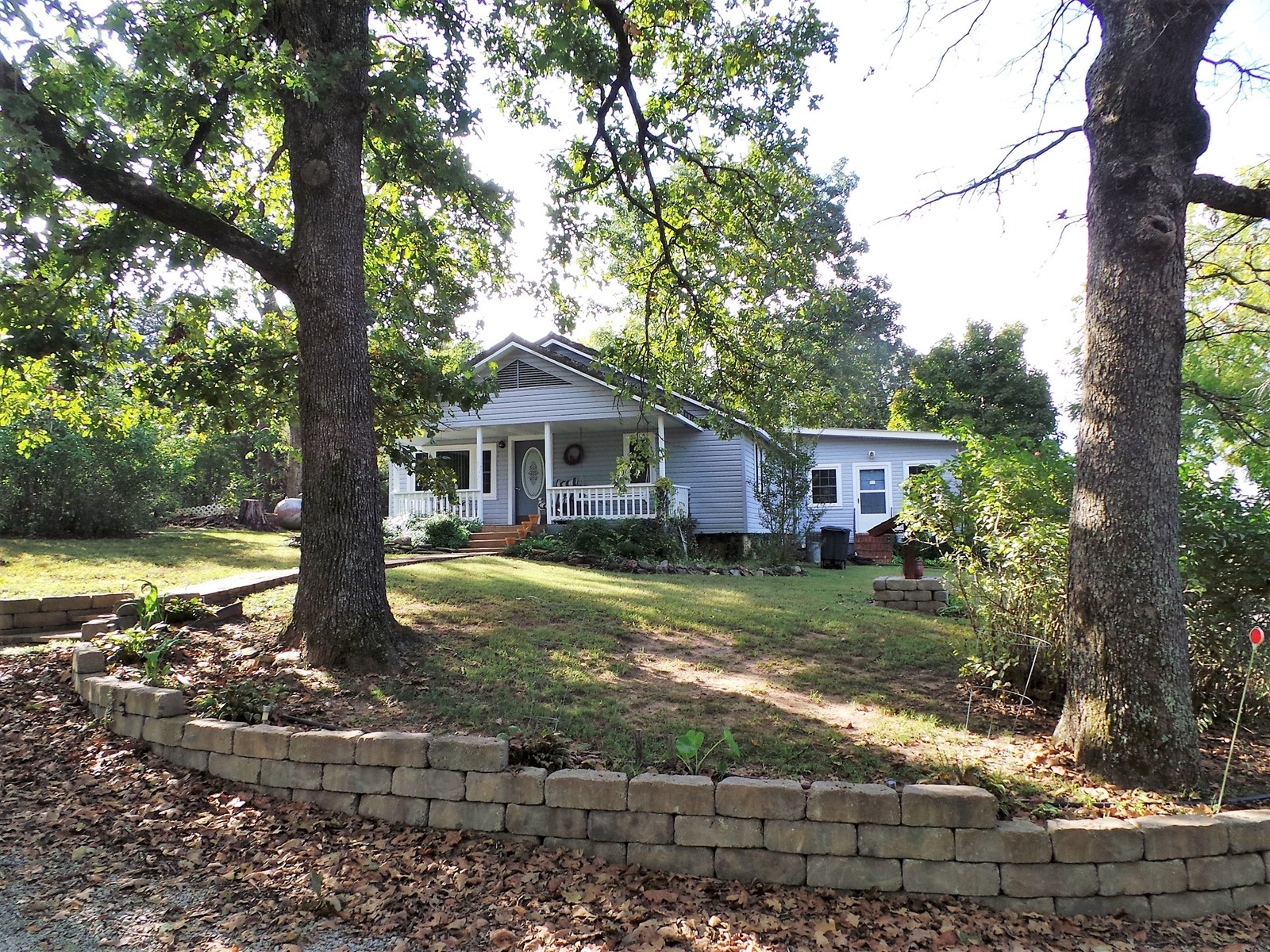 HOME FOR SALE IN THE OZARK MOUNTAINS