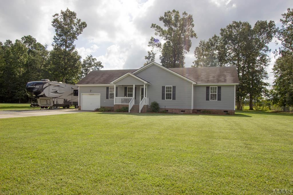 Ranch home in Camden County, close to schools and the River!