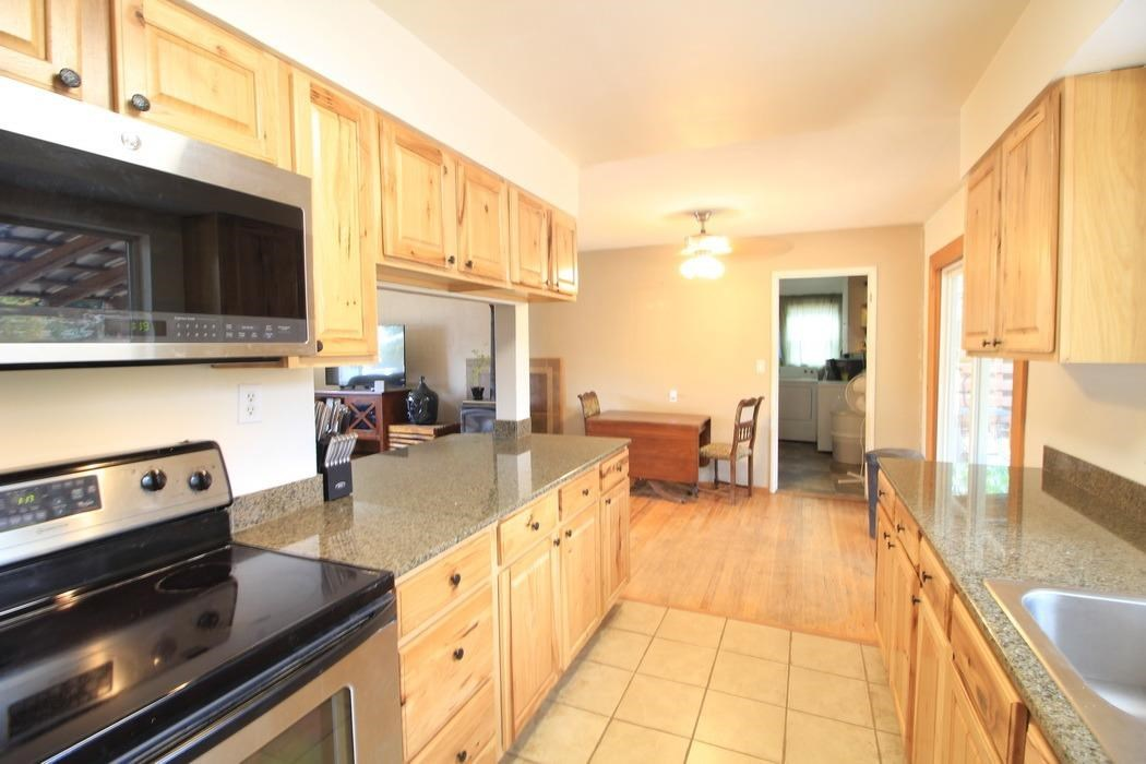 Solid home at the right price! In South Medford Oregon