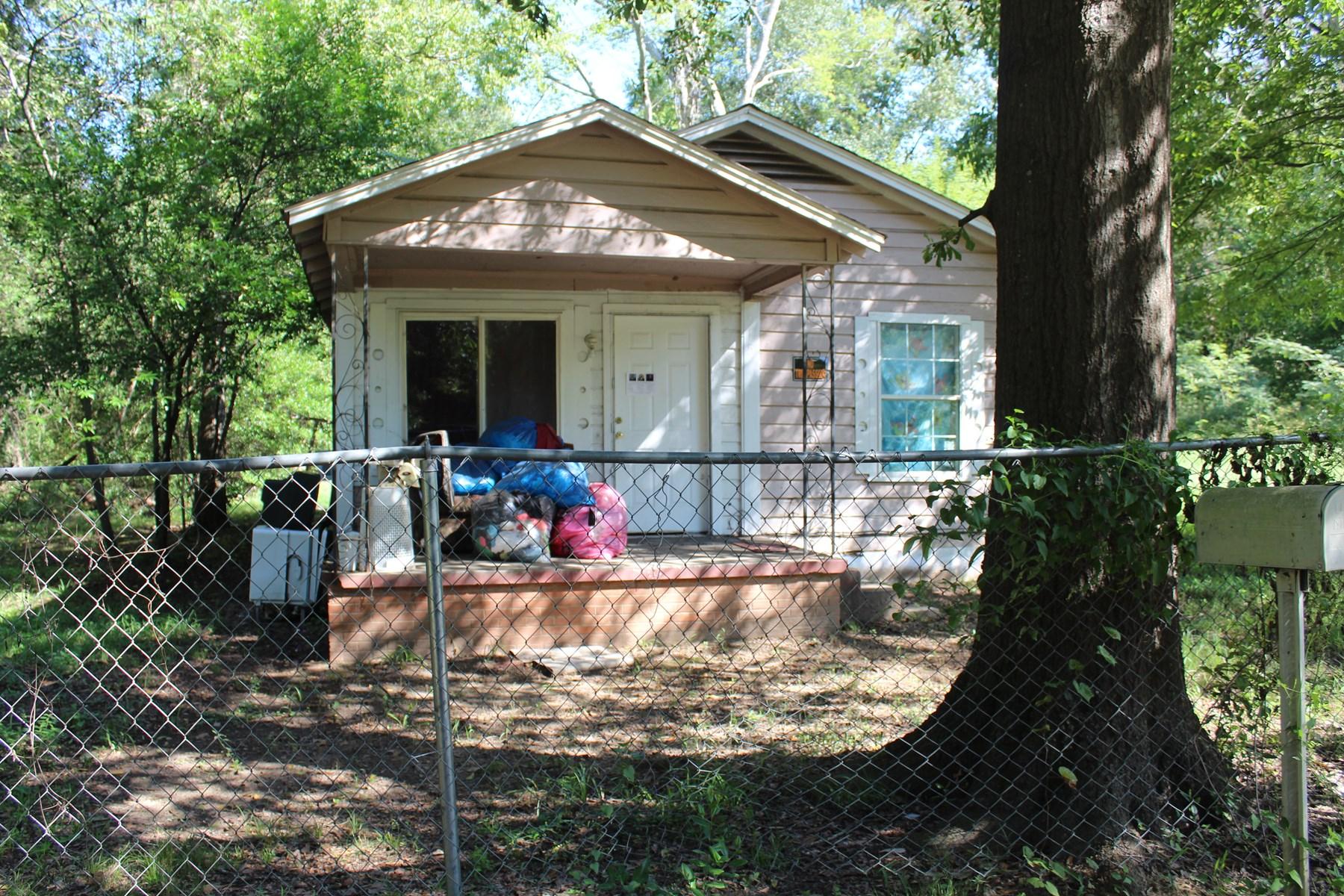 Investor Handyman special Fixer Upper Rental Property
