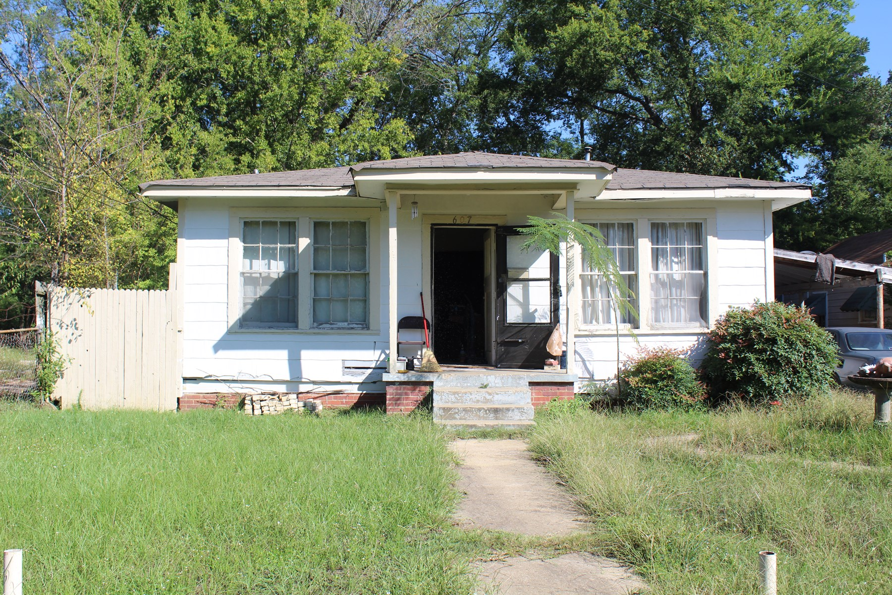 House for Sale In Longview, TX Handyman Special Investor