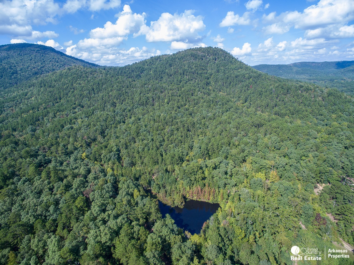 WATERFRONT LAND FOR SALE WITH MOUNTAIN VIEWS IN ARKANSAS