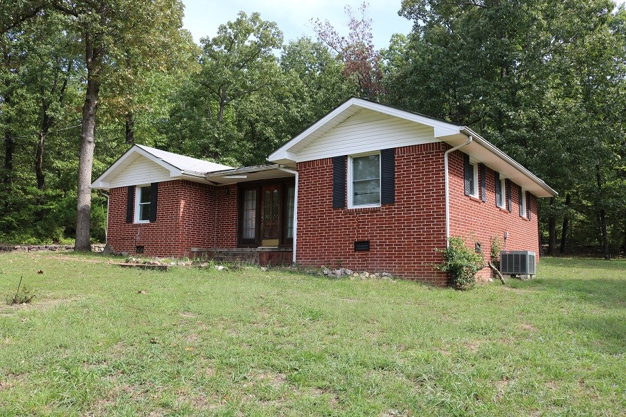 HOME FOR SALE IN HORSESHOE BEND, ARKANSAS