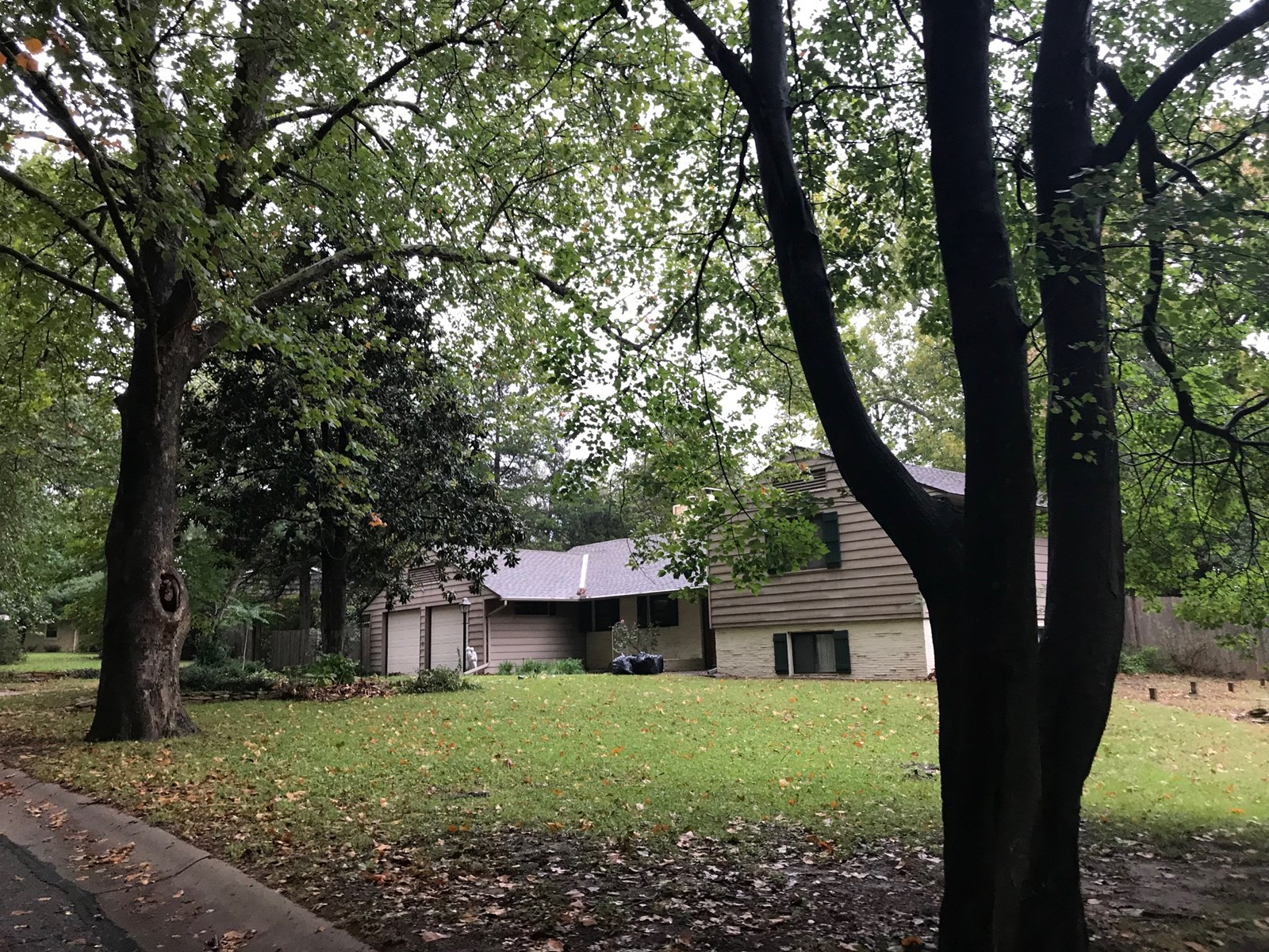 BANK OWNED HOME ON OVER 1/2 ACRE PRICED TO SELL-PONCA CITY