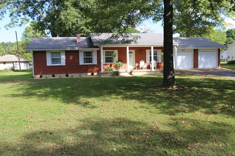 Beautiful brick home for sale in the Heart of the Ozarks