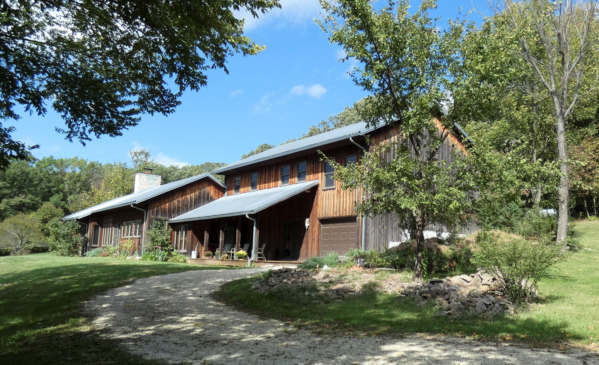 Rustic Sustainable Home & Acreage For Sale in Hermann, MO