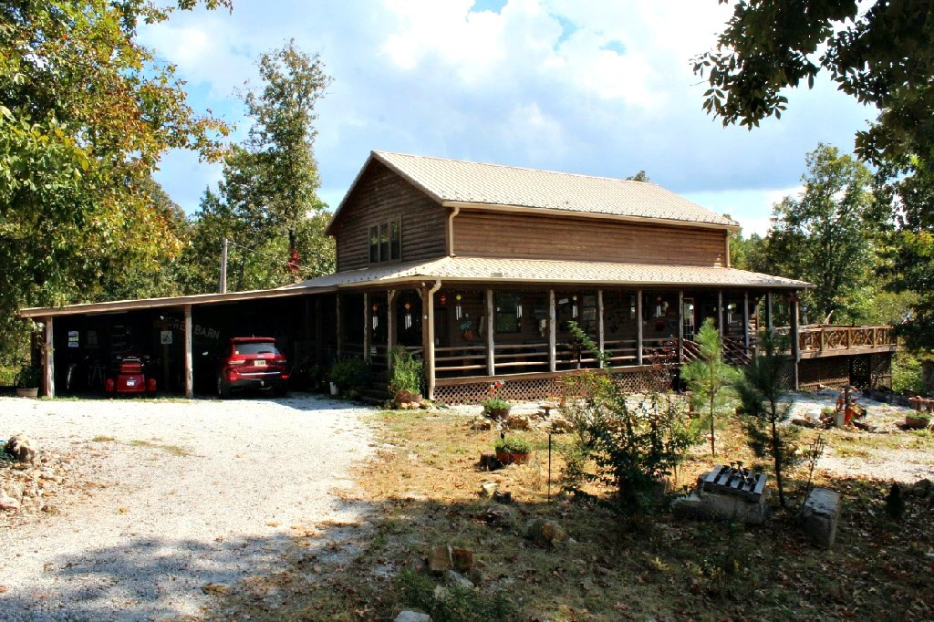 One of a Kind Cabin For Sale in the Ozarks