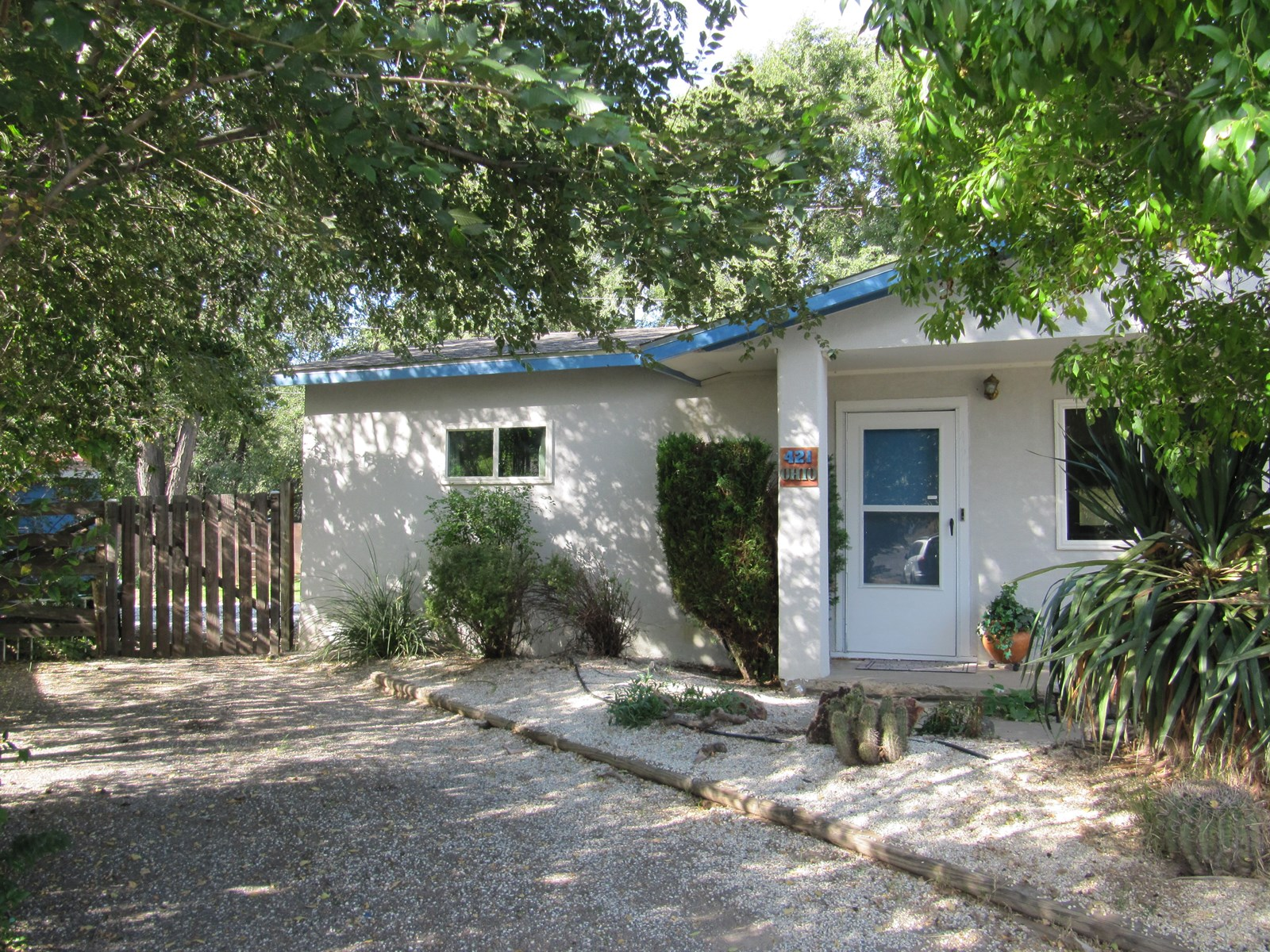 SILVER CITY HOME WITH NEIGHBORING CREEK