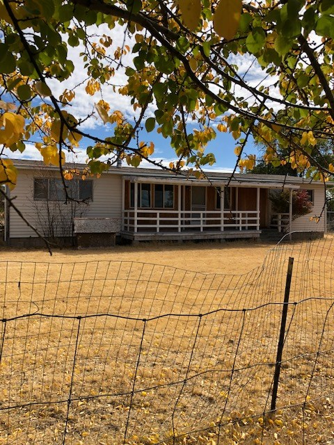 1974 Manufactured Home 3bed/2bath 1344 sq.ft on 7.44 acres.