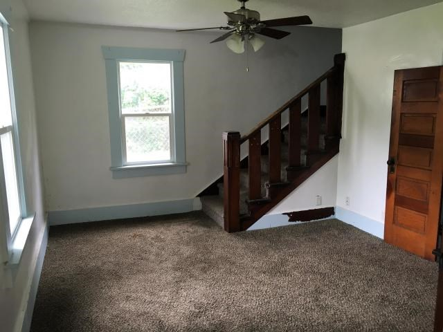 FAMILY ROOM OR FORMAL DINING