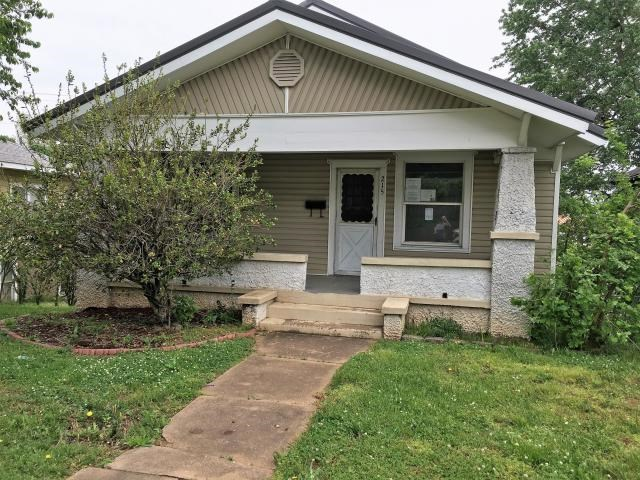 3 Bedroom home in town with storm shelter!