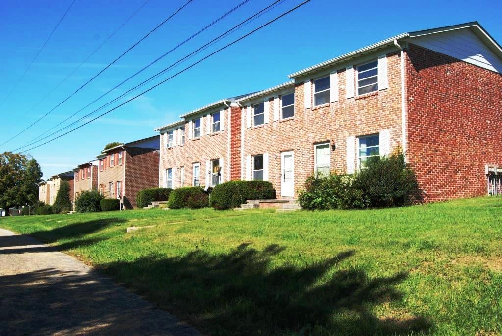 12 Unit Apartment Buildings For Sale In Rural Retreat VA.