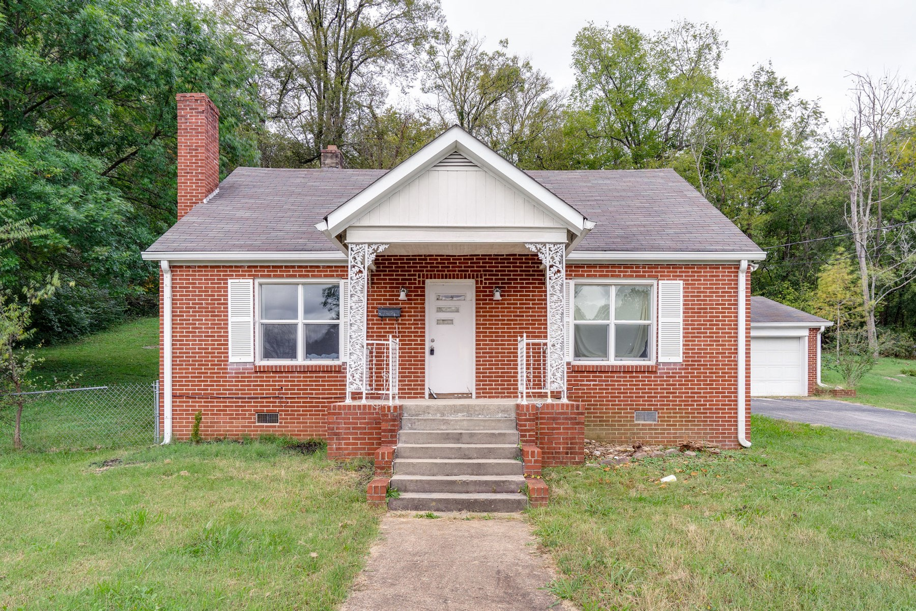 Mount Pleasant, Tennessee Maury County Home In Town For Sale