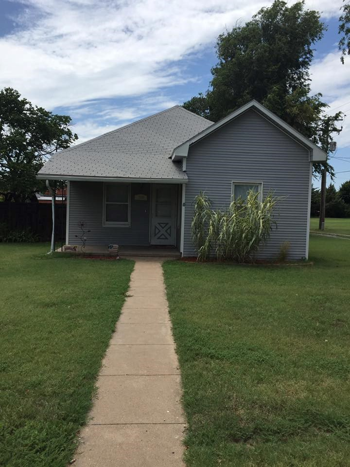 Historic Home For Sale in Comanche County Coldwater, Kansas