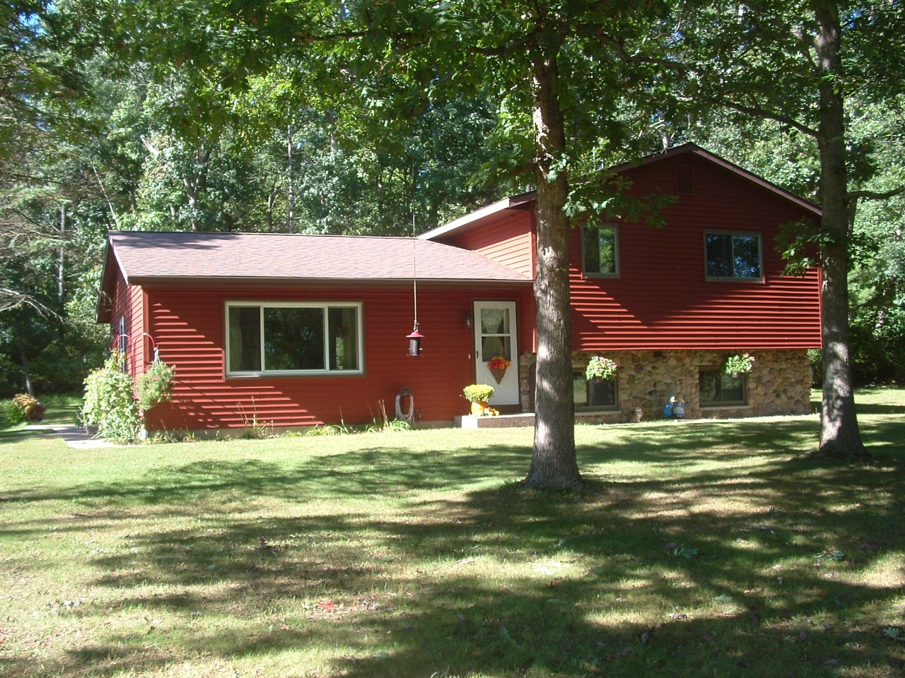 Country Home for Sale Waupaca, WI