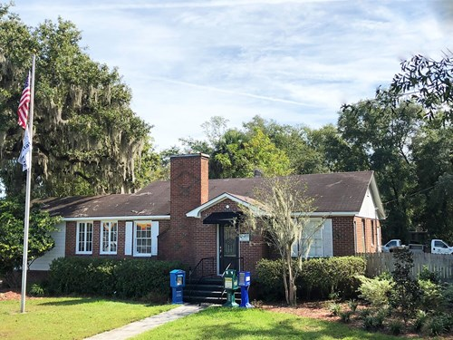 COMMERCIAL/OFFICE BUILDING FOR SALE IN LAKE CITY, FLORIDA