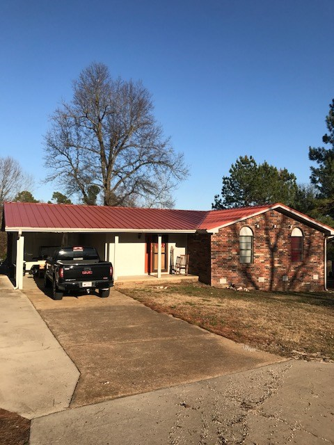 Ozarks In Town Brick Home for sale in Salem AR