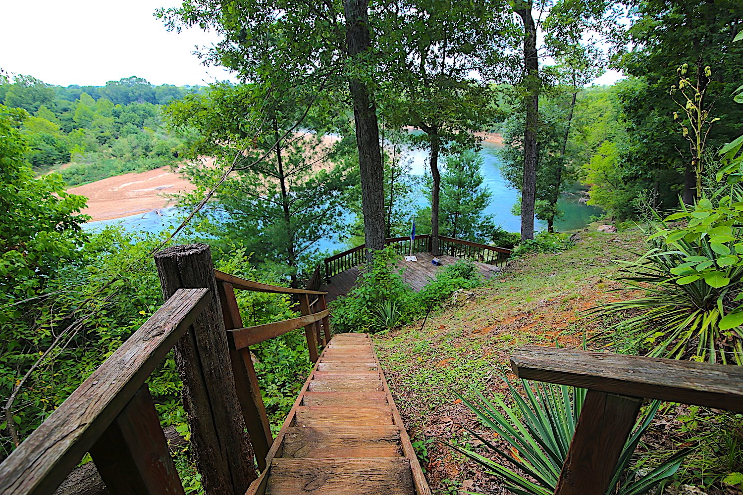 River Front Home for Sale in Missouri