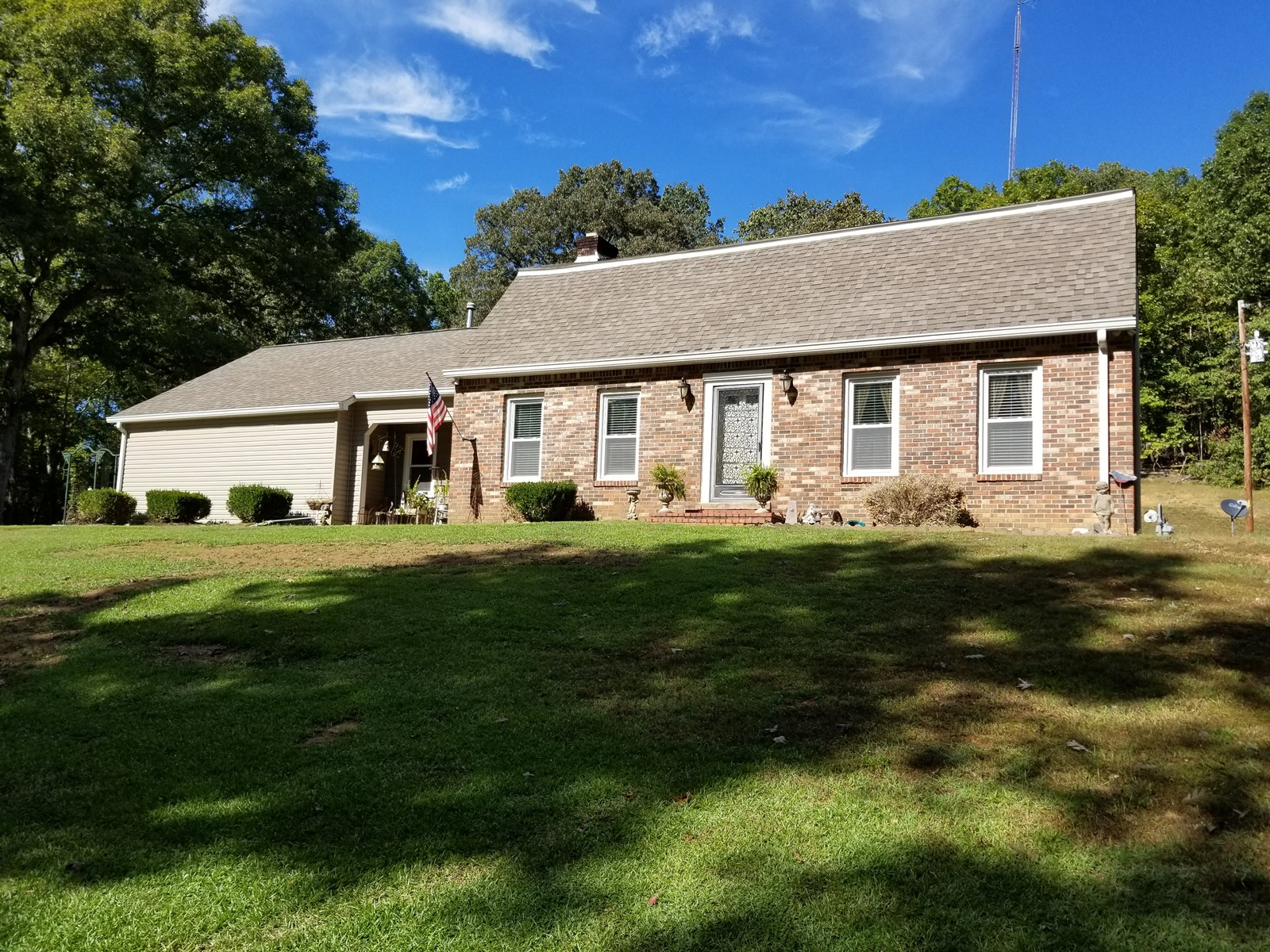 4 BR 2 BA Country Home on 5.98 Private Acres Close to Town